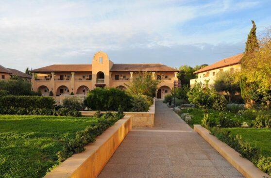 Территория отеля Elysium, Пафос, Кипр