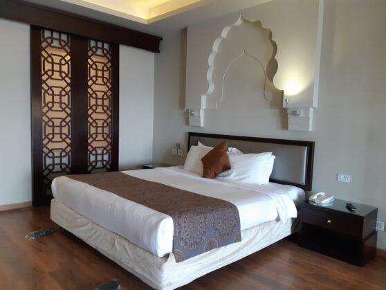 Спальня номера executive suites в отеле Sunrise Arabian Beach