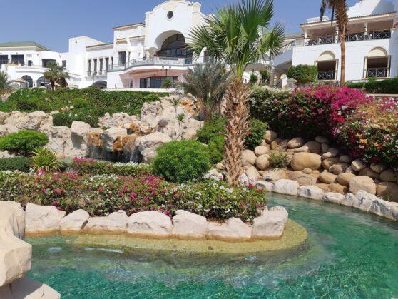 Основное здание отеля Hyatt Regency Sharm