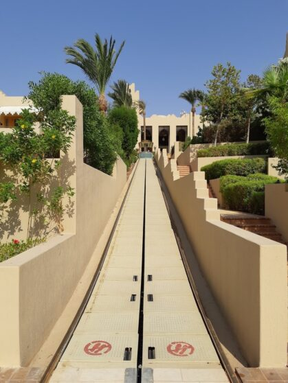 Фуникулер в отеле Four Seasons Resort Sharm el Sheikh