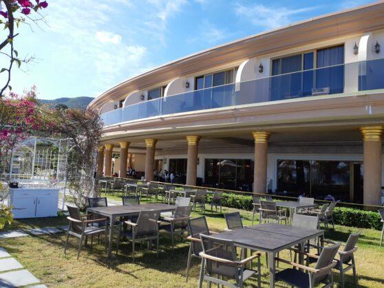 Be Premium Bodrum restaurant outdoor